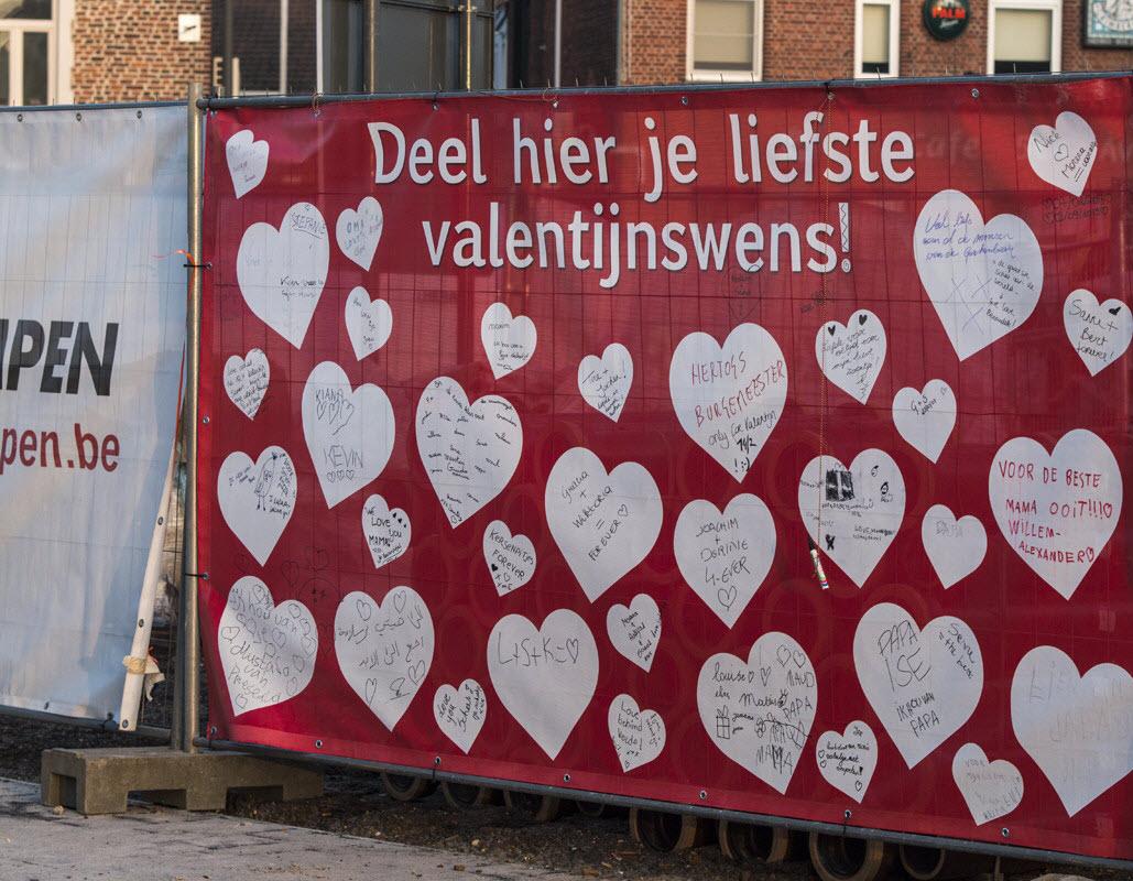 Liefdevolle boodschappen voor Valentijn, ook op onze werf in Bree